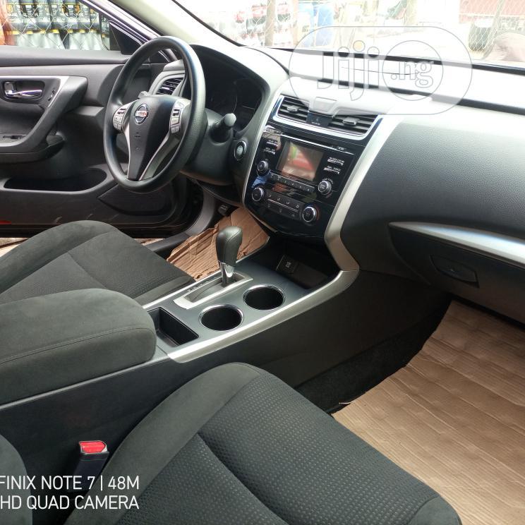 Archive: Nissan Altima 2015 Gray