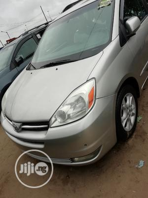 Toyota Sienna XLE 2005 Silver | Cars for sale in Lagos State, Apapa