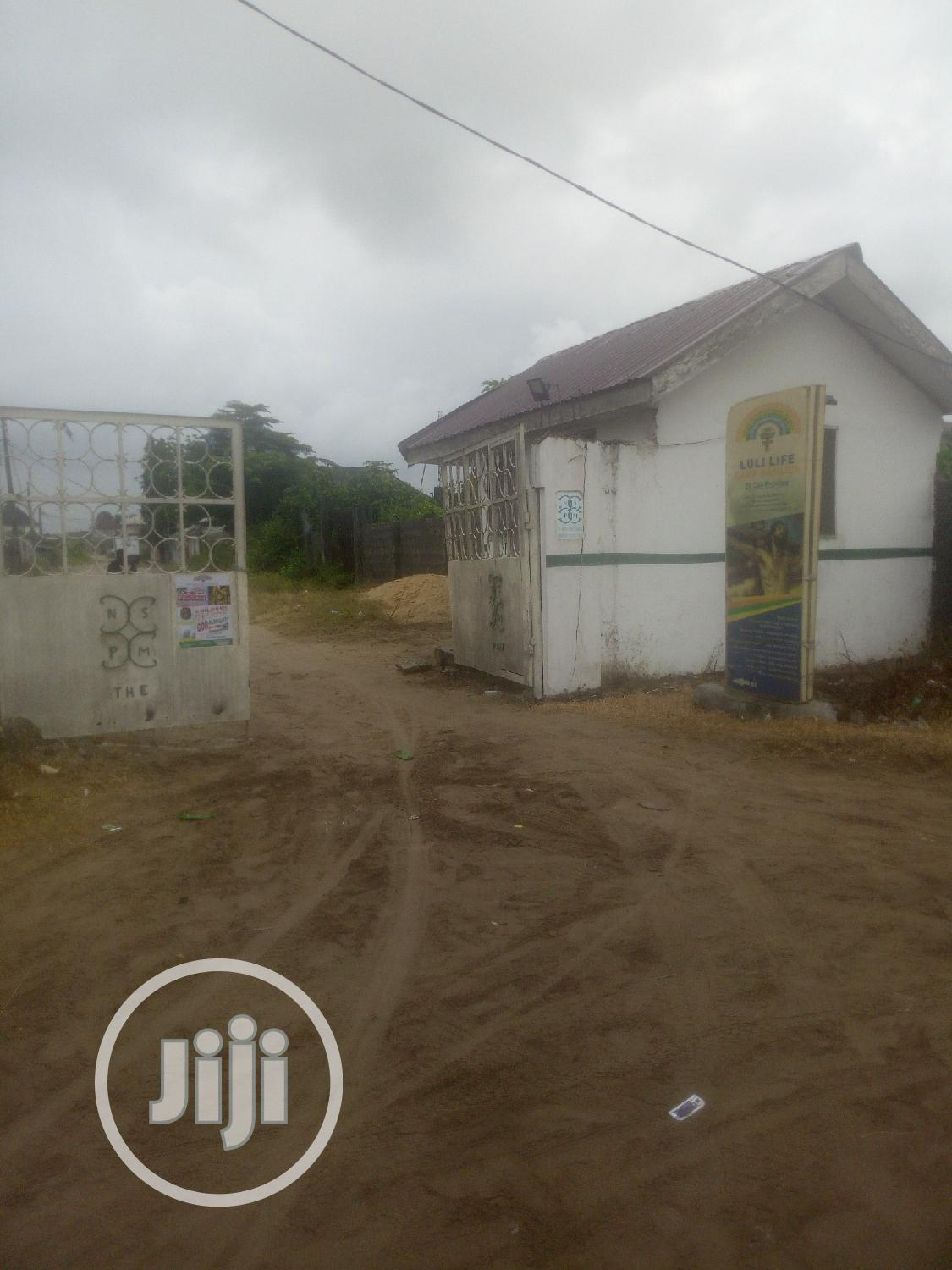 Uncompleted 3bedroom Bungalow