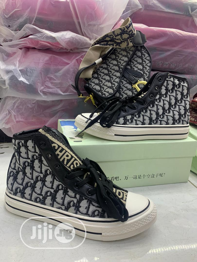 Louis Vuitton {Bag and Shoe}   Shoes for sale in Ikeja, Lagos State, Nigeria