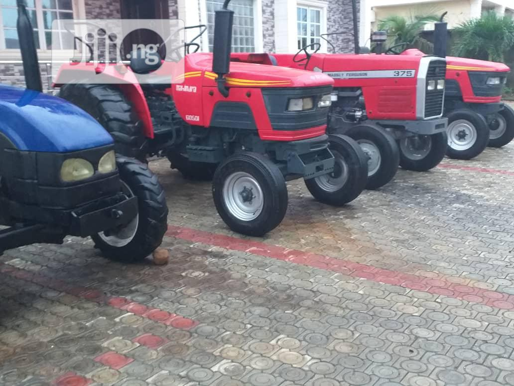 Tractor Mehindra