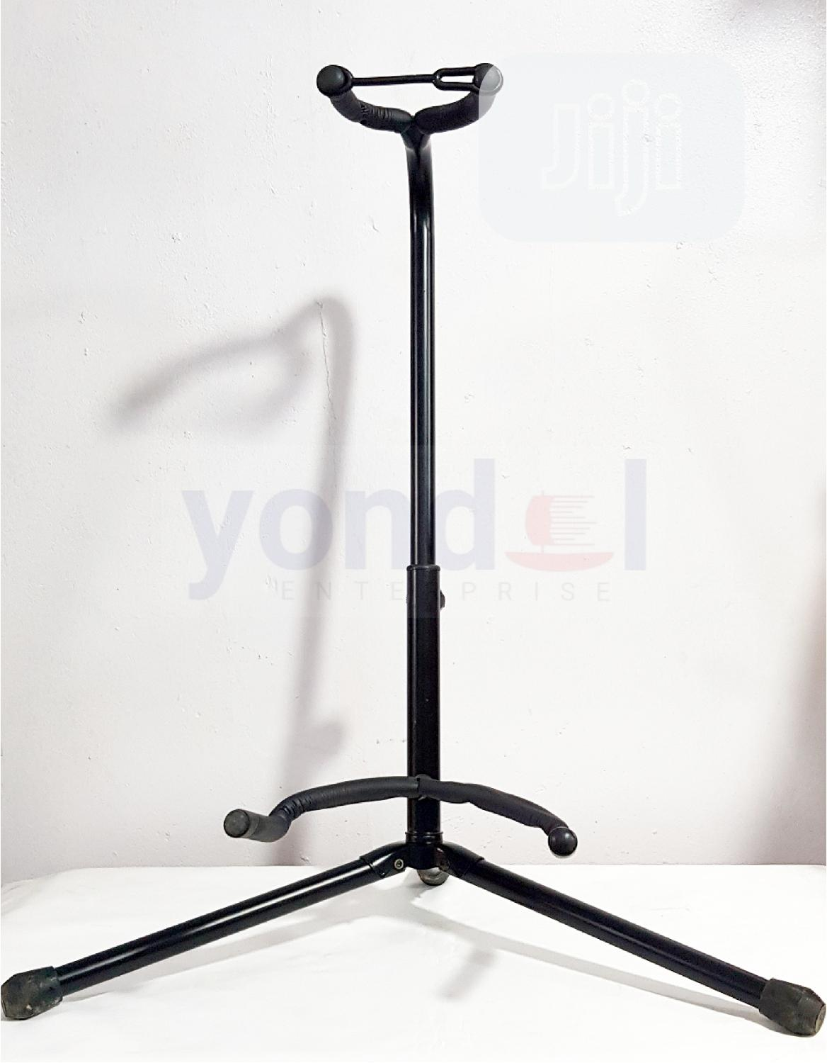 Guitar Stand With Neck Rest