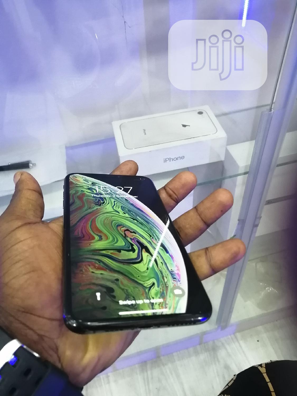 Apple iPhone XS Max 512 GB Black
