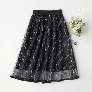 Ladies Midi Floral Black Skirt   Clothing for sale in Lagos State, Yaba