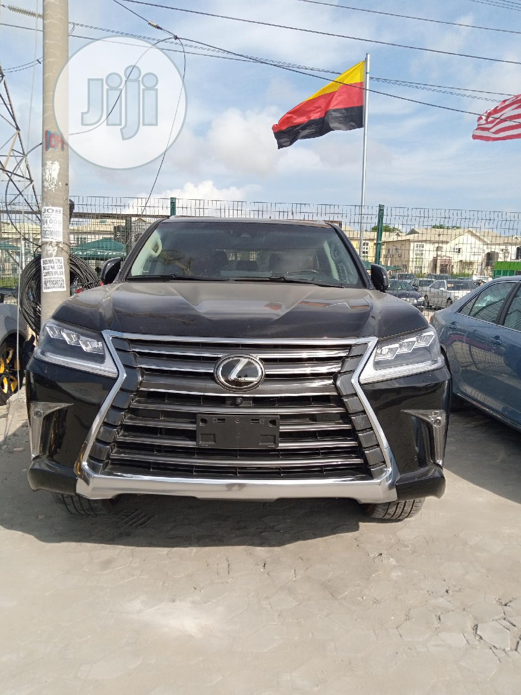 Lexus LX 2018 570 Two-Row Black