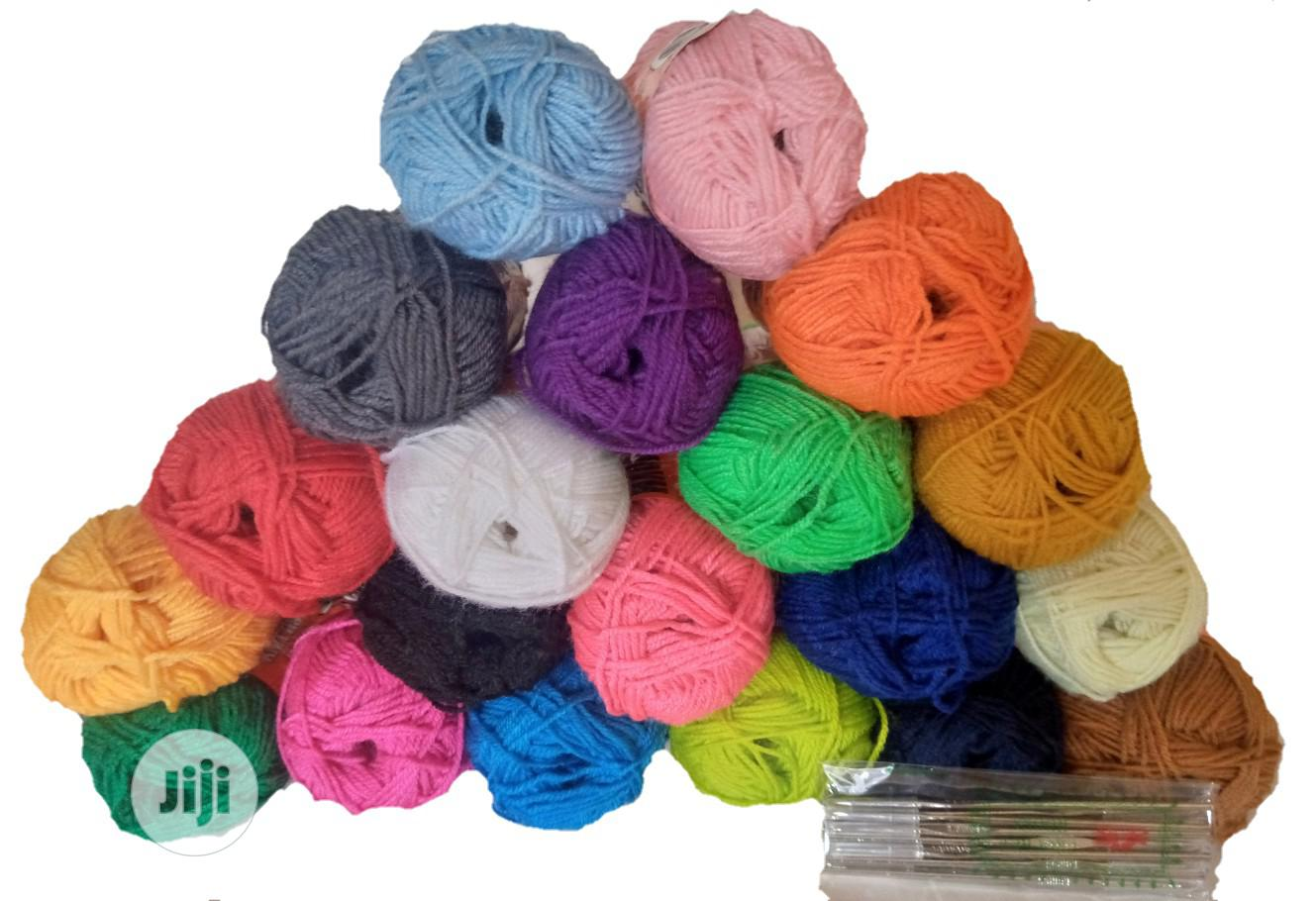 20 Pieces Colorful Knitting Yarn + 12 Crochet Pins