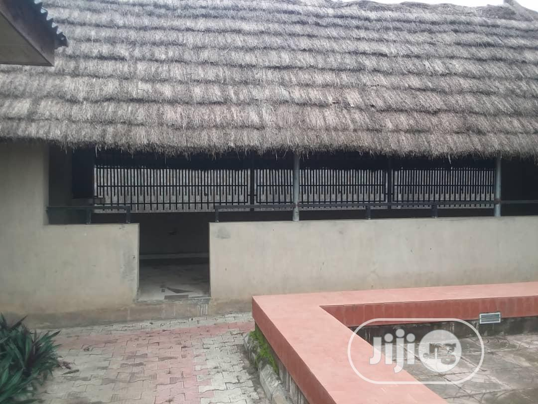 Archive: For Sale: 15rooms Hotel Rooms Bodija