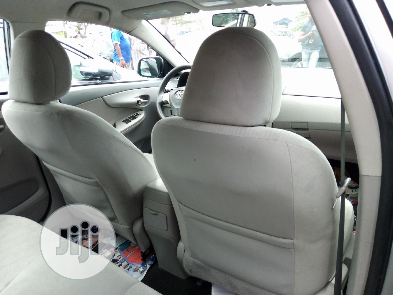 Archive: Toyota Corolla 2010 Silver