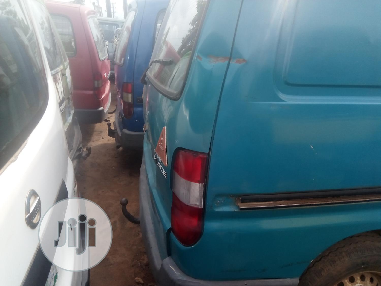 Toyota Hiace Tokunbo Standard 2000   Buses & Microbuses for sale in Ikorodu, Lagos State, Nigeria