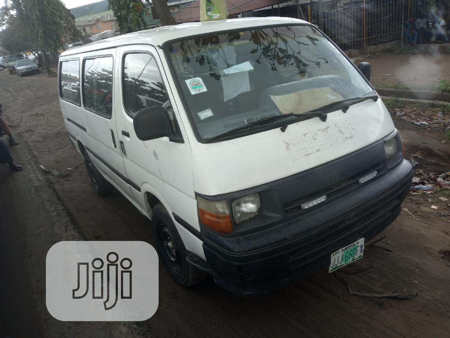 Toyota Hiace 2002   Buses & Microbuses for sale in Isolo, Lagos State, Nigeria