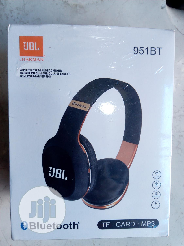 Archive: JBL Wireless Headphones