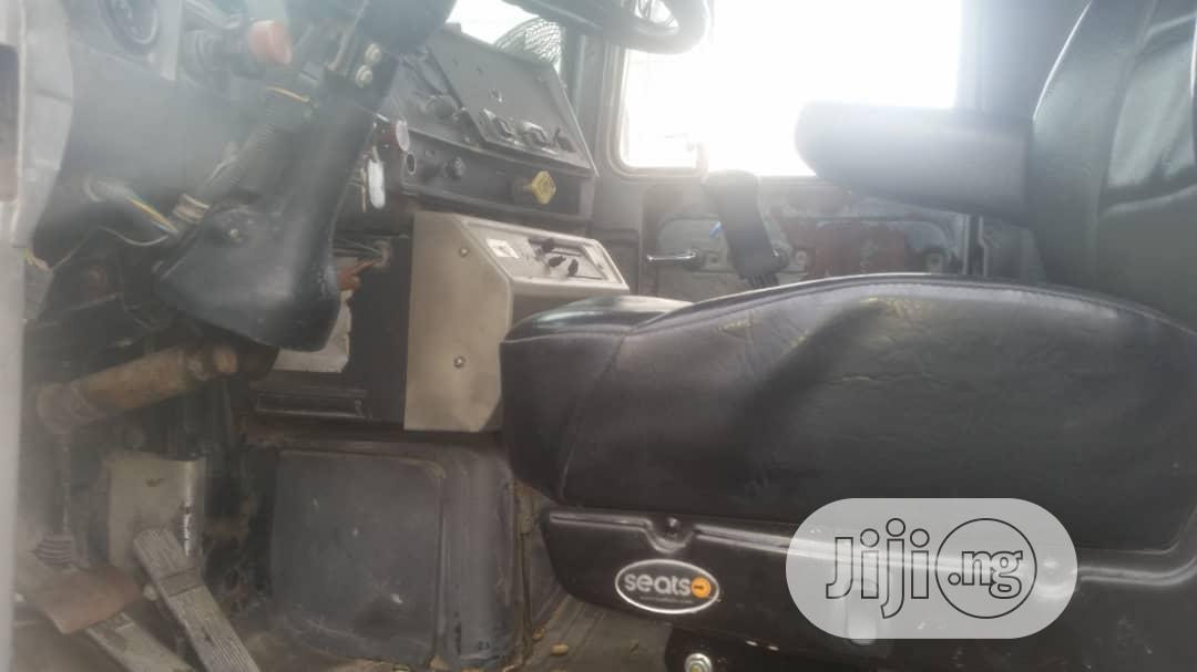 New Arrival Water Tanker Mack Ten Tyres Truck 20000 Litres | Trucks & Trailers for sale in Apapa, Lagos State, Nigeria