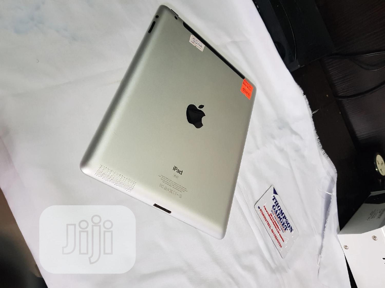 Archive: Apple iPad 2 Wi-Fi 32 GB Gray