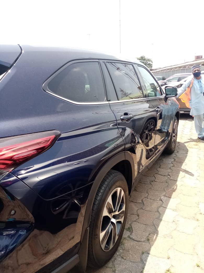 Toyota Highlander 2020 XLE AWD Blue | Cars for sale in Ikoyi, Lagos State, Nigeria