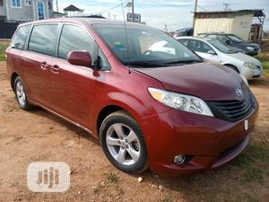 Toyota Sienna 2013 L FWD 7 Passenger Red | Cars for sale in Kwara State, Ilorin West