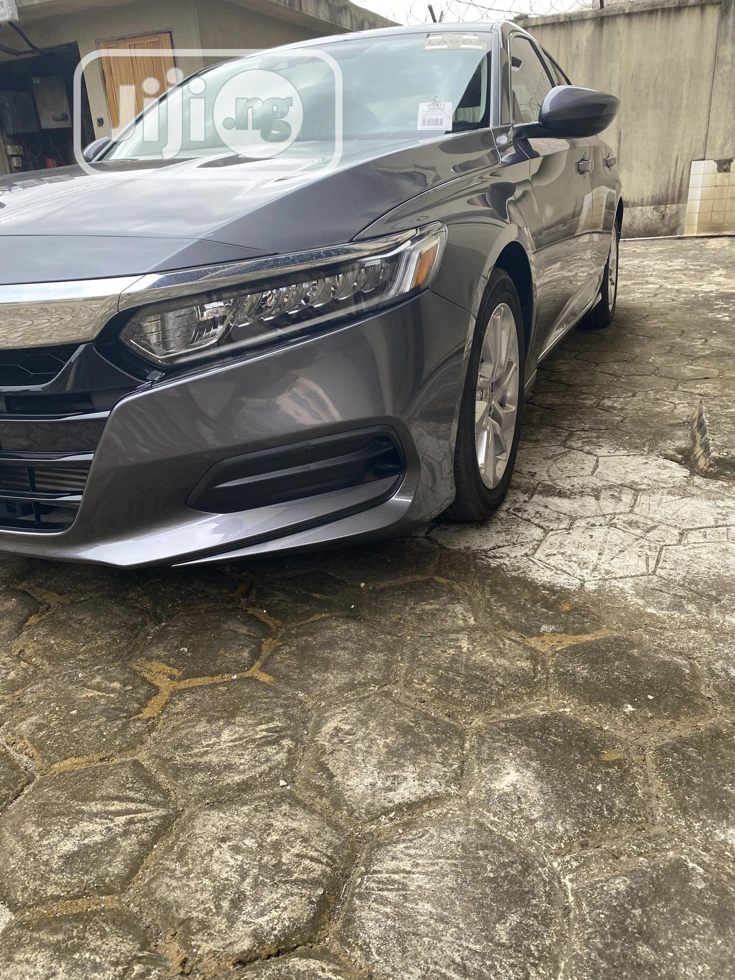Honda Accord 2019 Gray