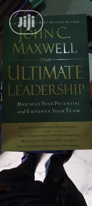 John C Maxwell Ultimate Book on Leadership   Books & Games for sale in Lagos State, Yaba
