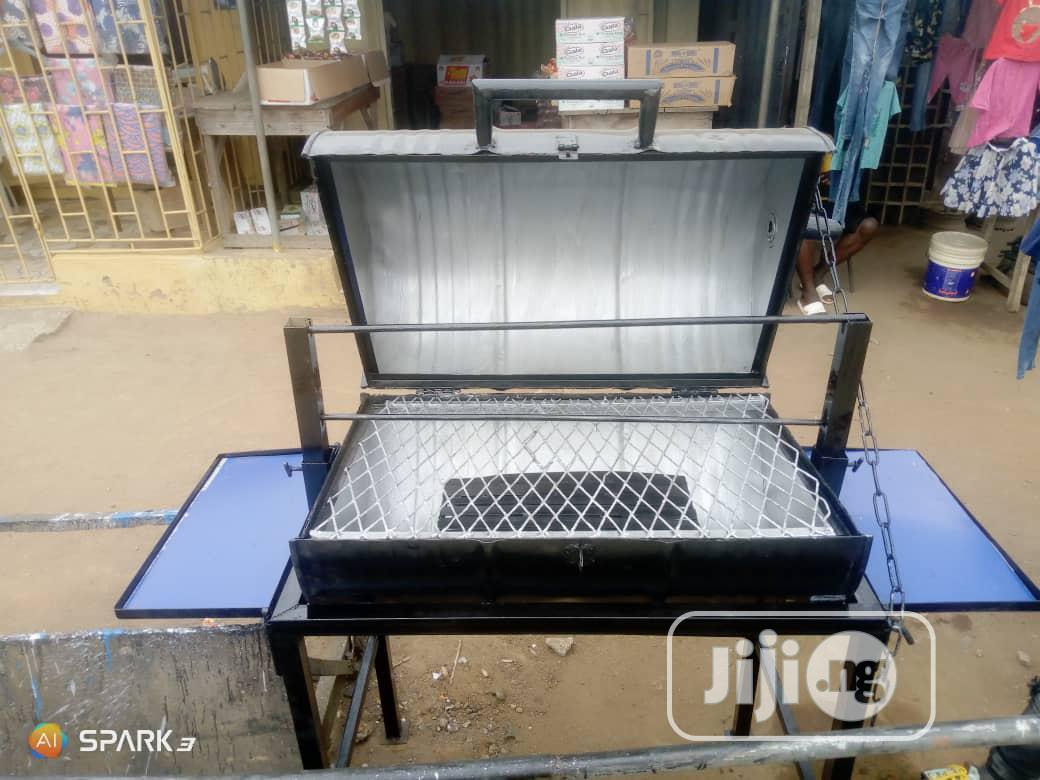Barbecue Stand
