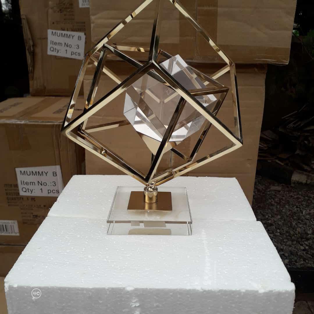 Sculpture Table Decor