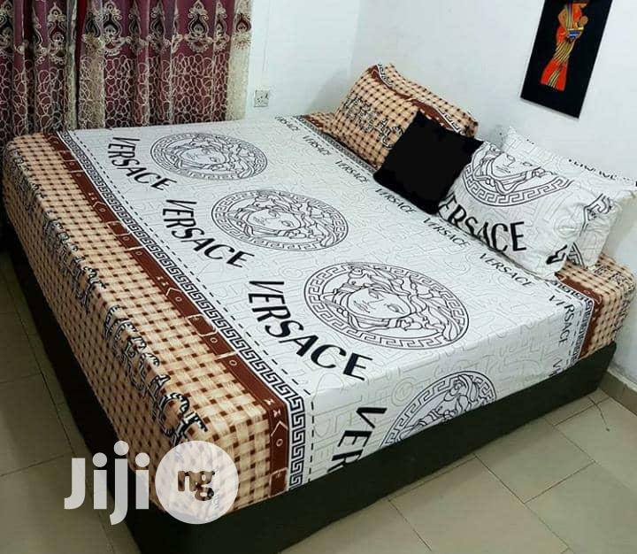 Archive: 6 by 6 Duvet. 4 Pillow Case,With Bedsheets