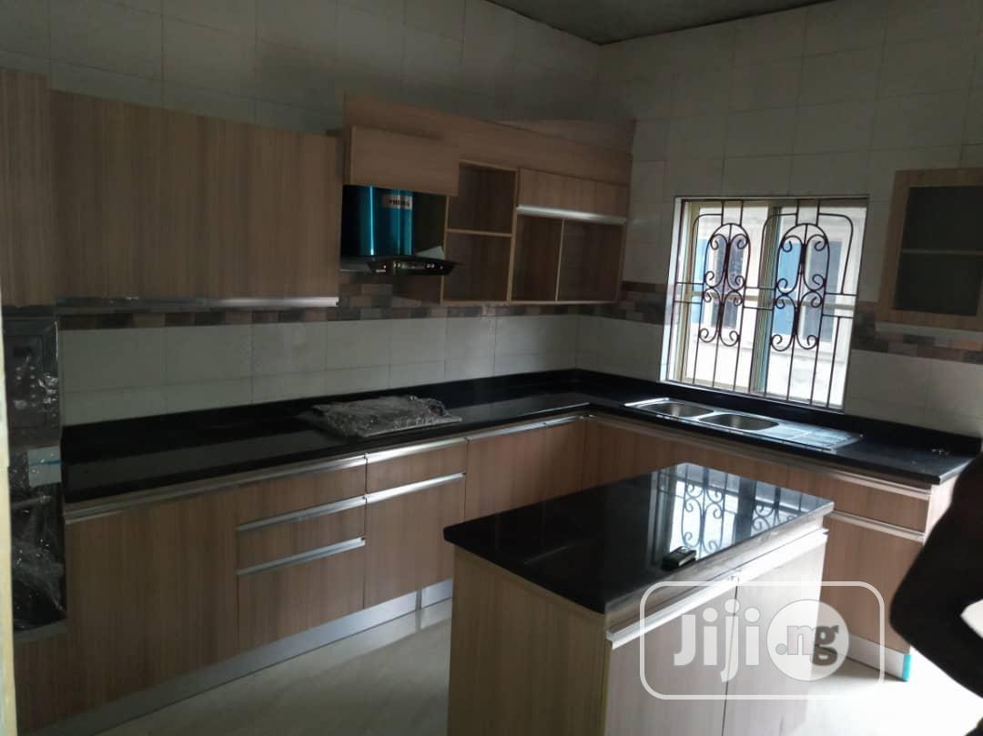 Complete Kitchen Cabinet, Worktop & Appliances