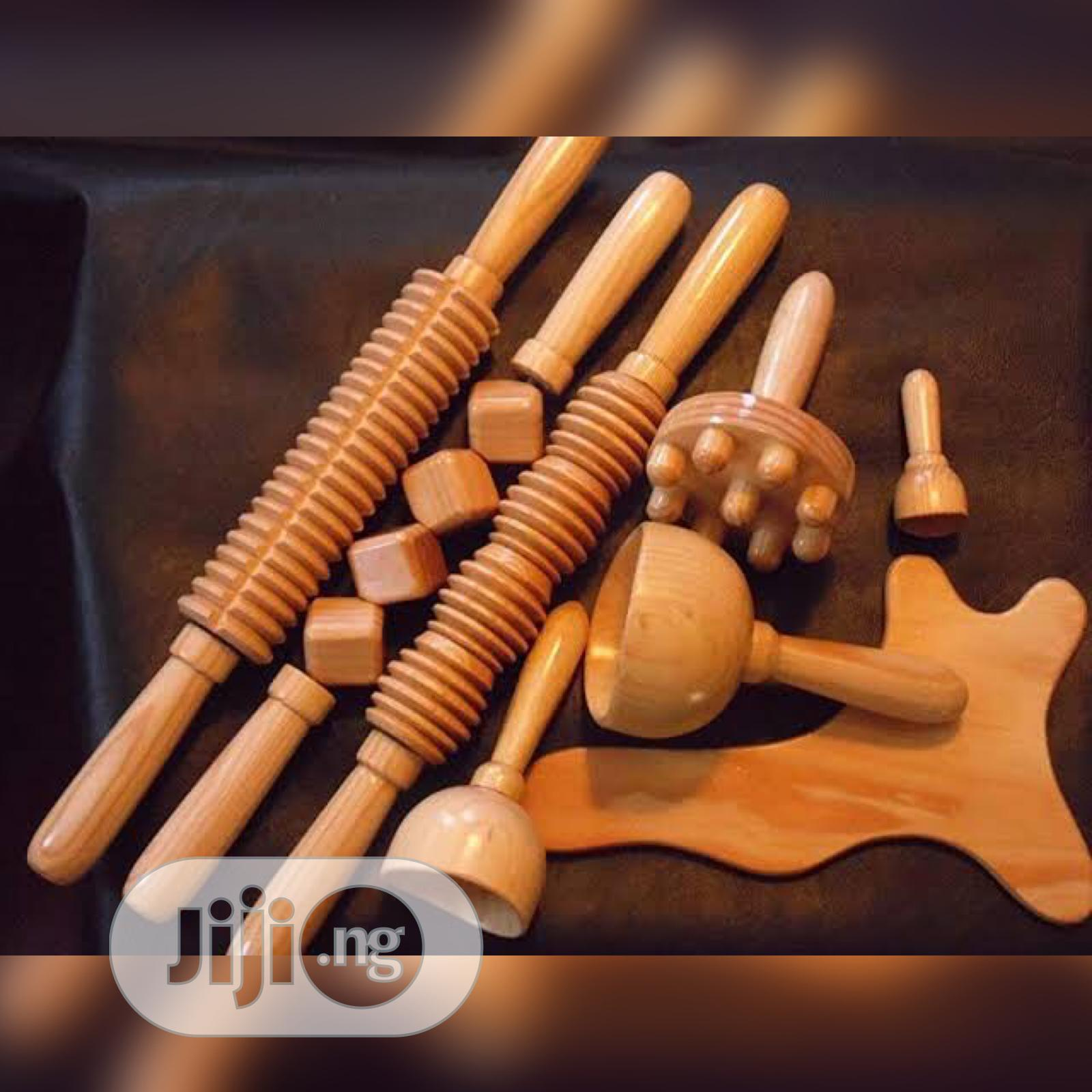 Body Sculpting Wood Therapy