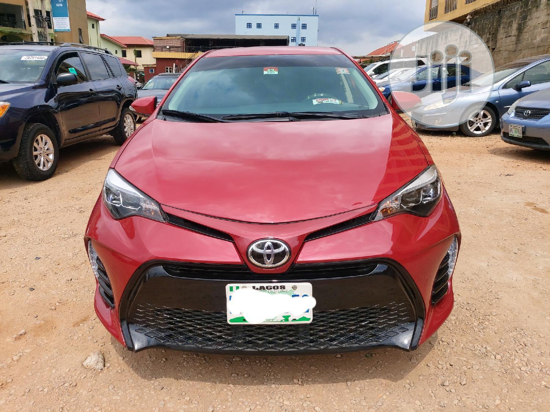 Toyota Corolla 2015 Red