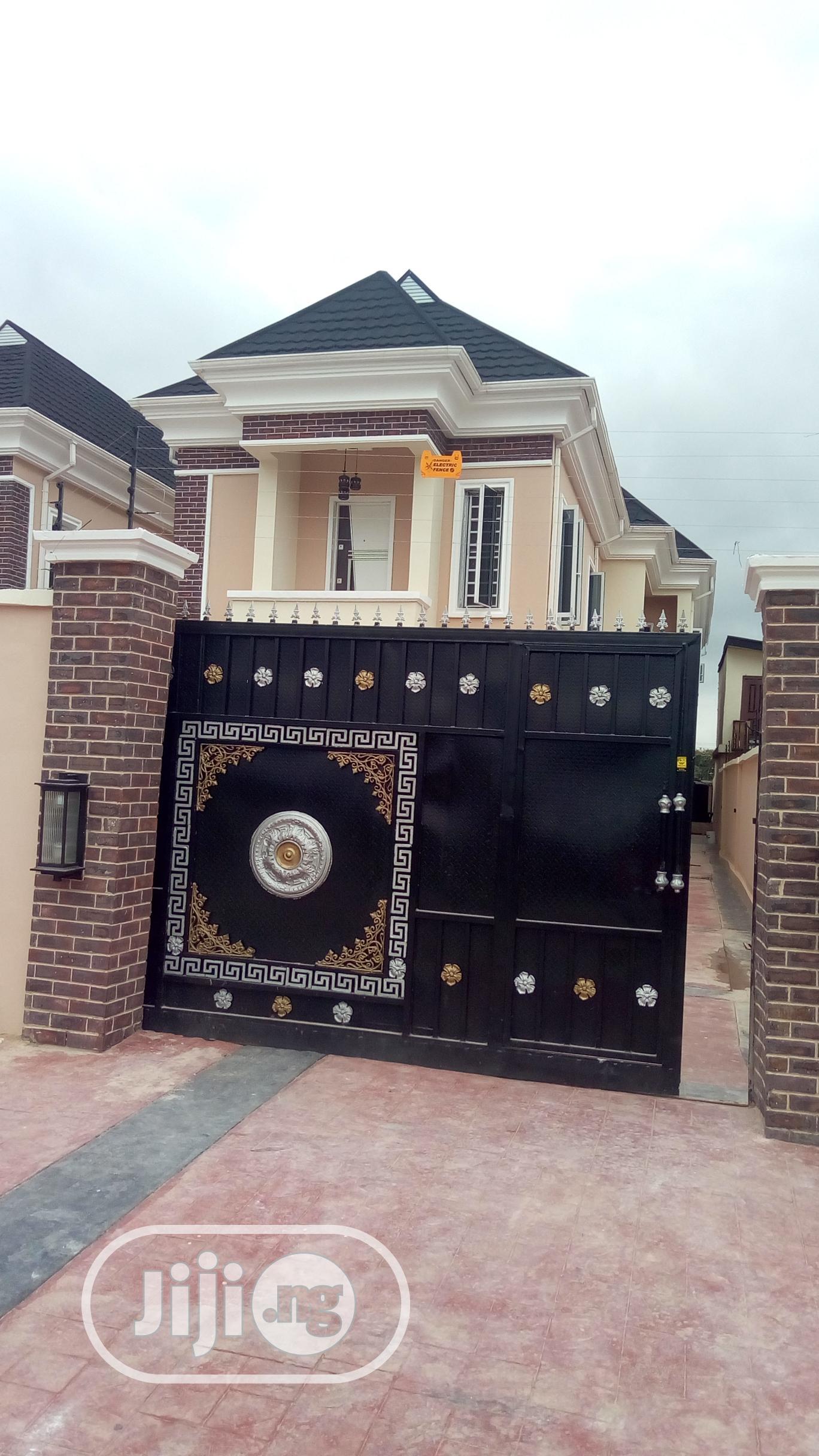 5 Bedroom Detached Duplex With Bq For Sale