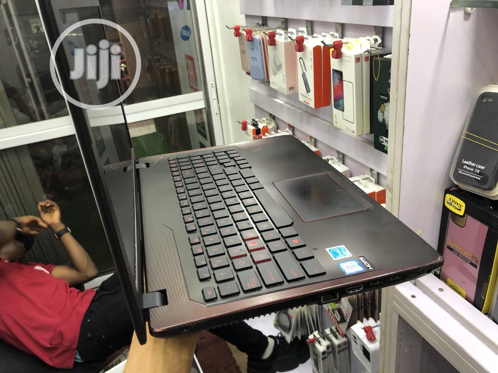 Laptop Asus Zephyrus M GU502GW-AH76 8GB Intel Core i5 SSD 512GB