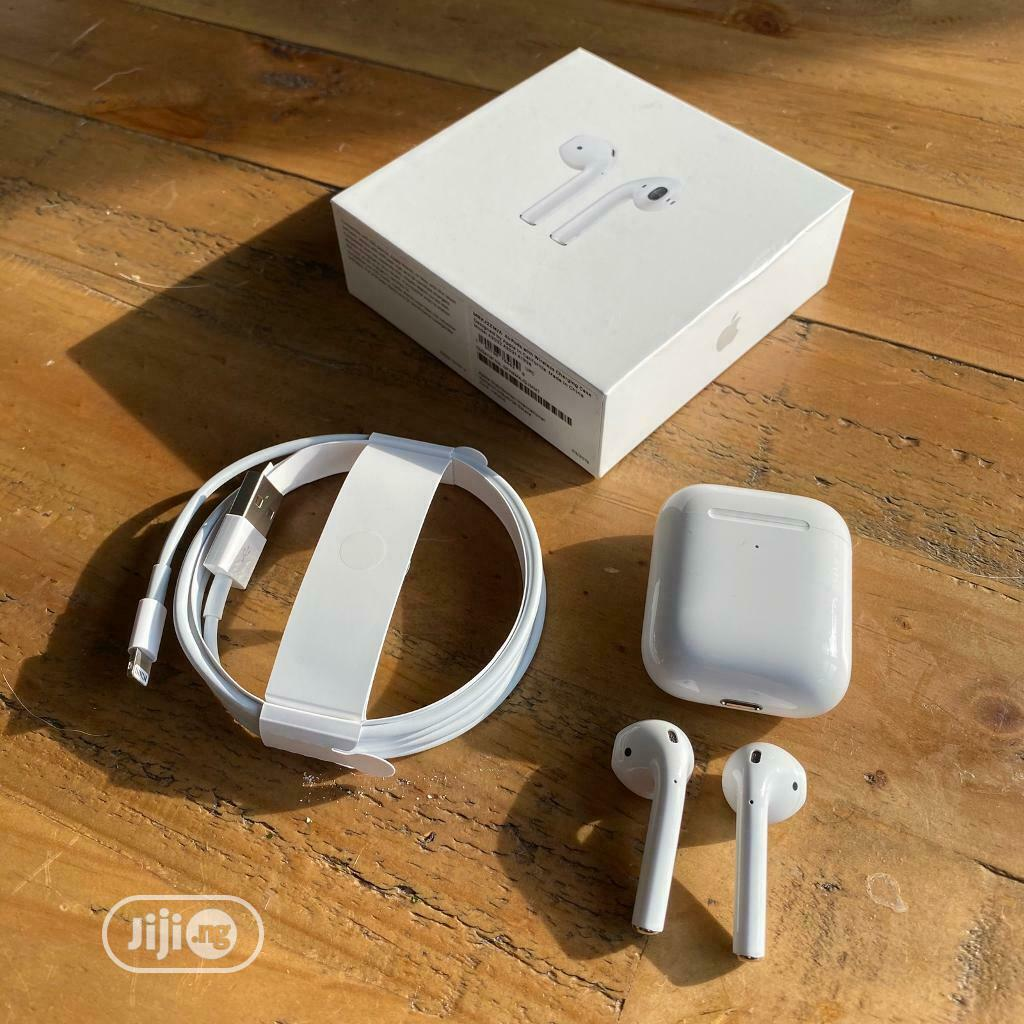 Direct UK Used Apple Airpod 2