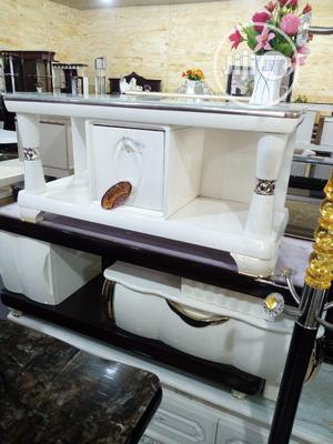 White Tv Stand   Furniture for sale in Lagos State, Ojo