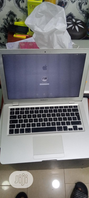 Archive: Laptop Apple MacBook Air 2GB Intel Core 2 Duo SSHD (Hybrid) 128GB
