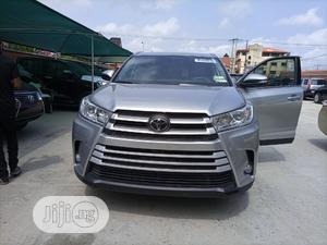 Toyota Highlander 2019 XLE Silver   Cars for sale in Lagos State, Amuwo-Odofin