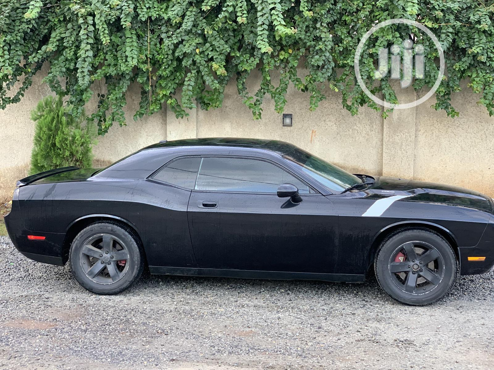 Dodge Challenger 2010 Black   Cars for sale in Gwarinpa, Abuja (FCT) State, Nigeria