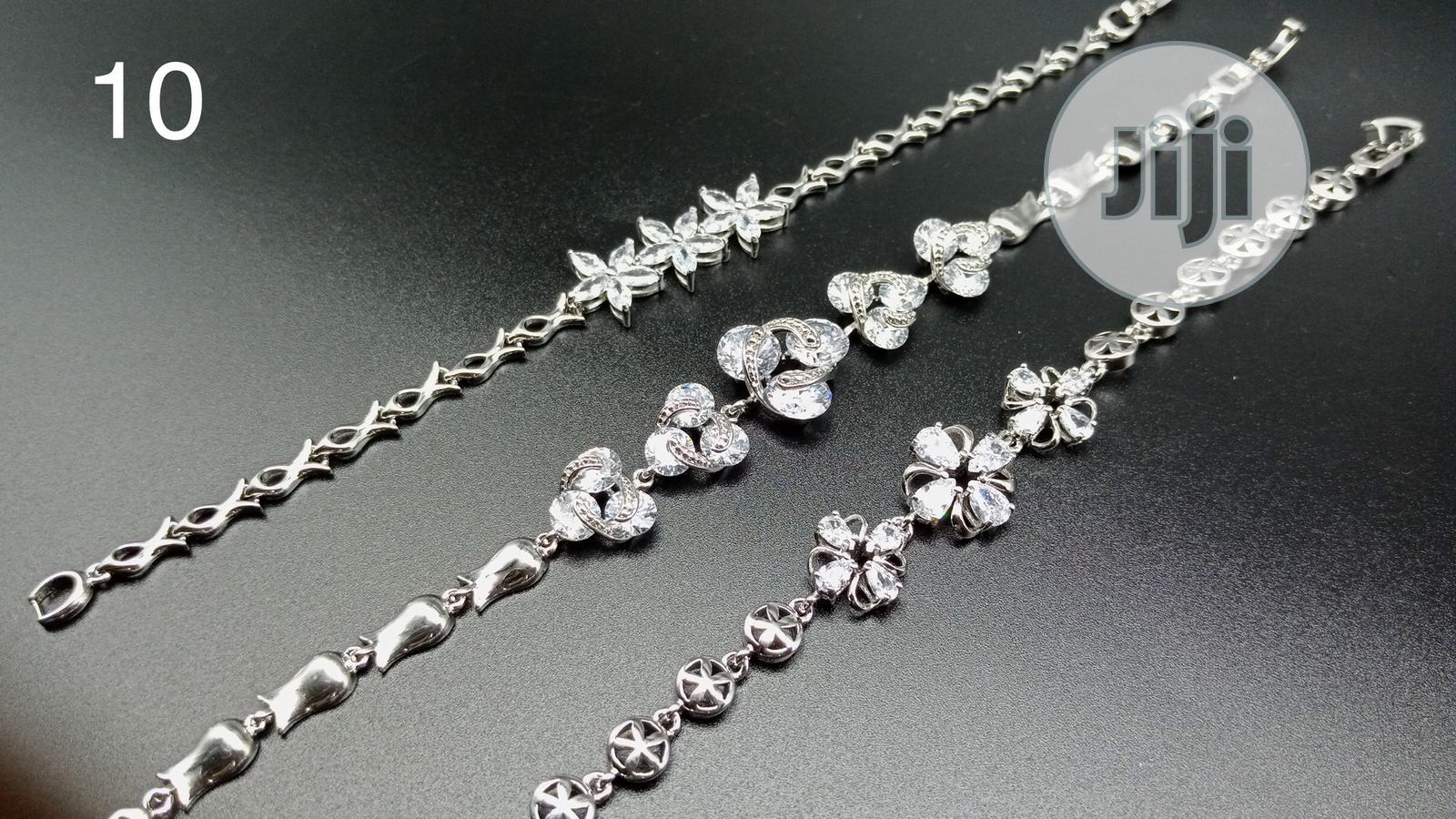 Bracelets With Ever Glitter Stones