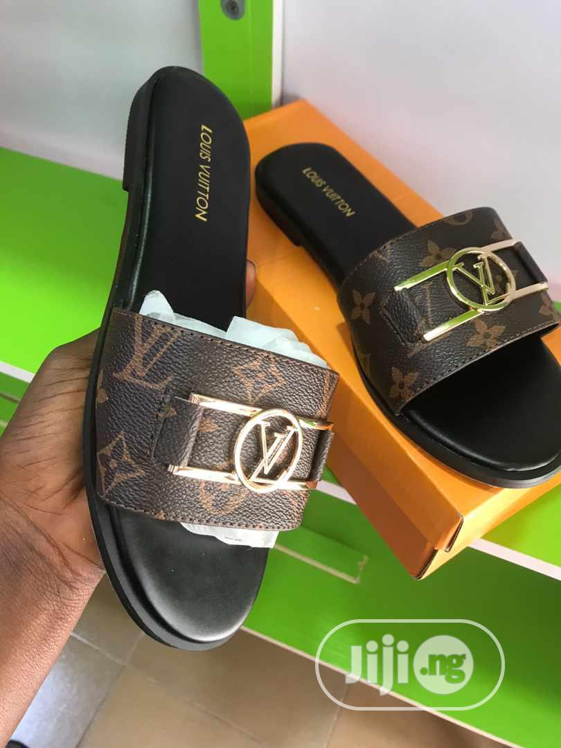 Louis Vuitton Slippers For Female in