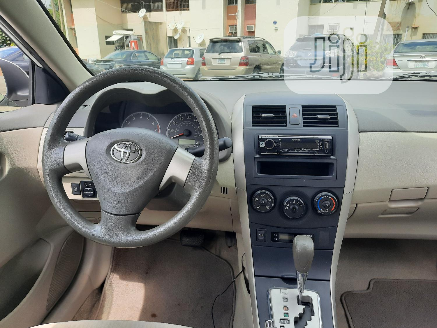 Toyota Corolla 2010 White | Cars for sale in Wuse 2, Abuja (FCT) State, Nigeria