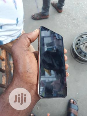 Apple iPhone 11 Pro Max 64 GB Gold   Mobile Phones for sale in Lagos State, Ikeja