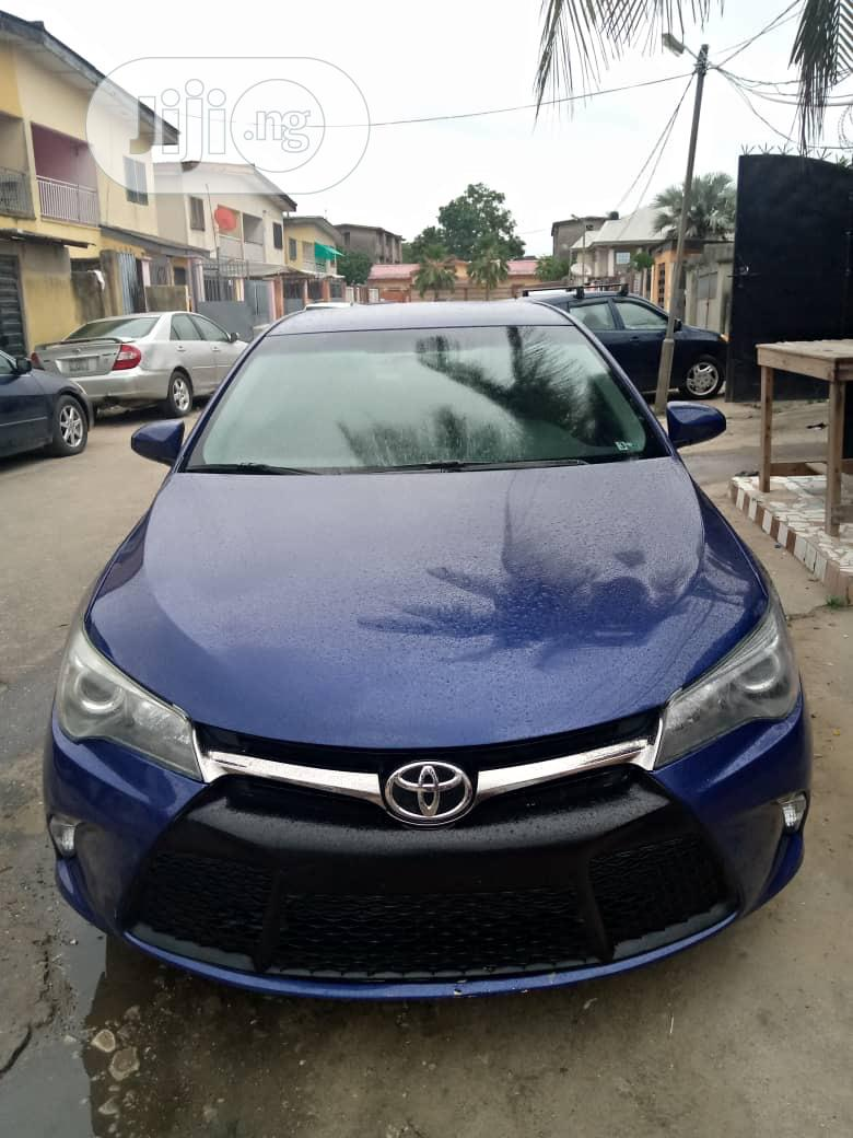 Toyota Camry 2016 Blue
