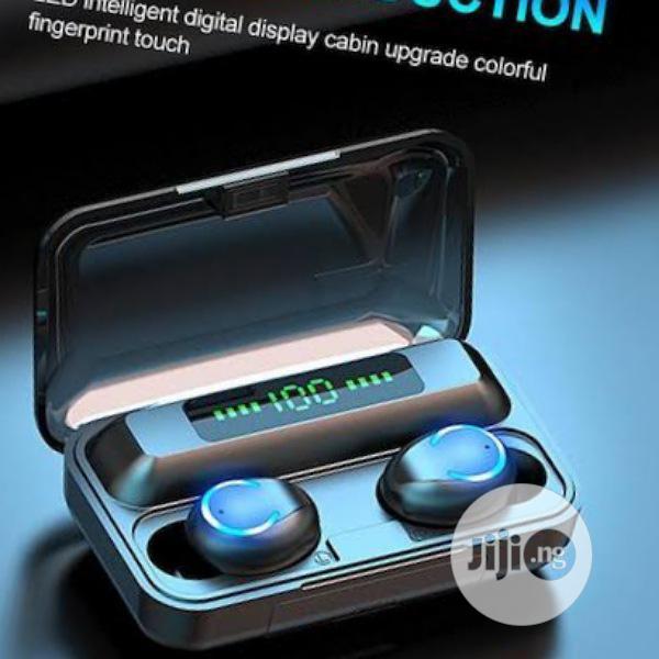 F9 Bluetooth Earbud