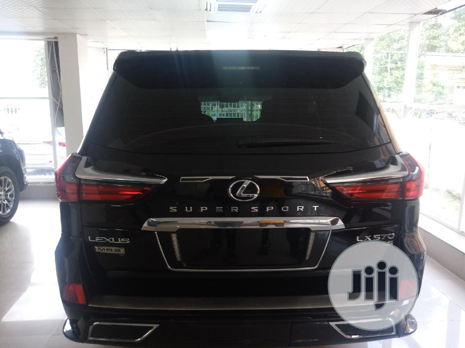 New Lexus LX 2019 570 Two-Row Black