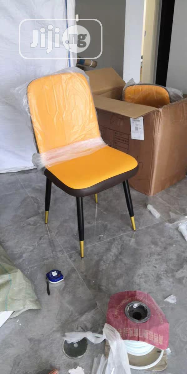 Archive: Imported 6 Sitters Dining Table & Chair