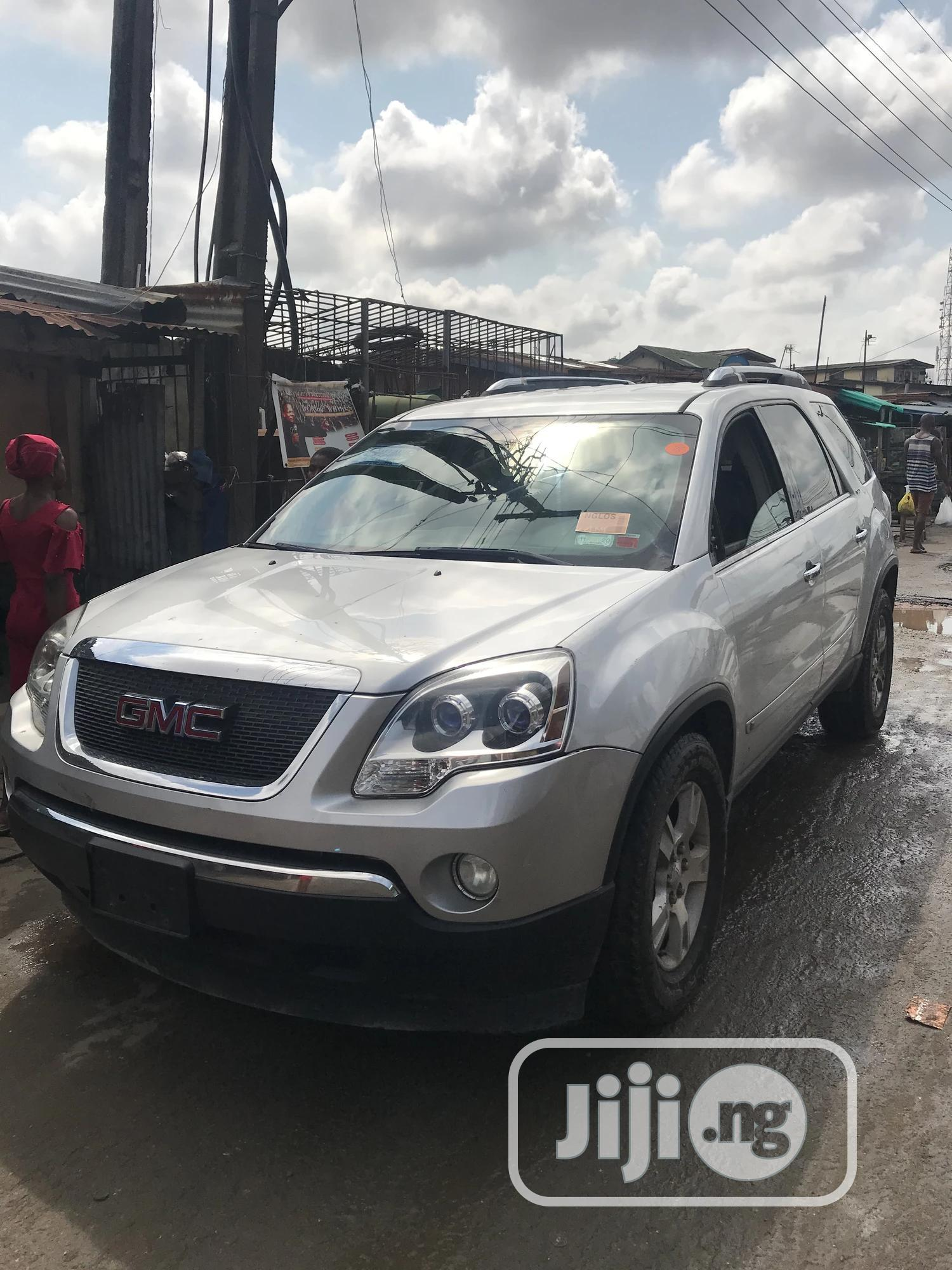 GMC Acadia 2009 SLT-2 AWD Silver | Cars for sale in Surulere, Lagos State, Nigeria