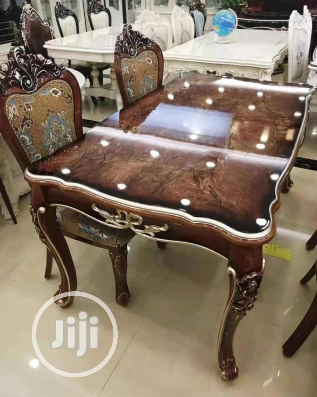 Quality Royal Wooden Dinning Table With 6 Chairs