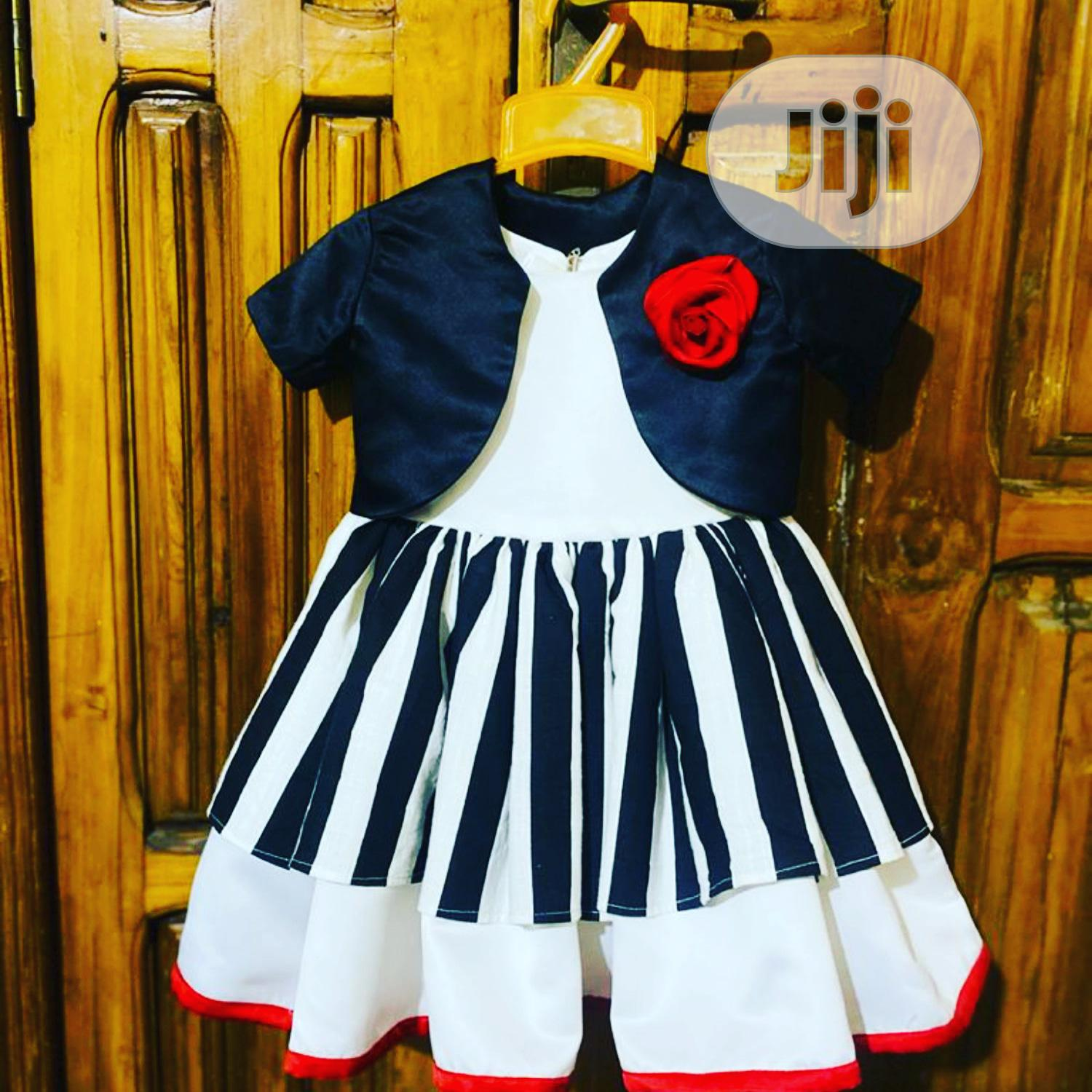 2pieces Awosome Dress for Girls.