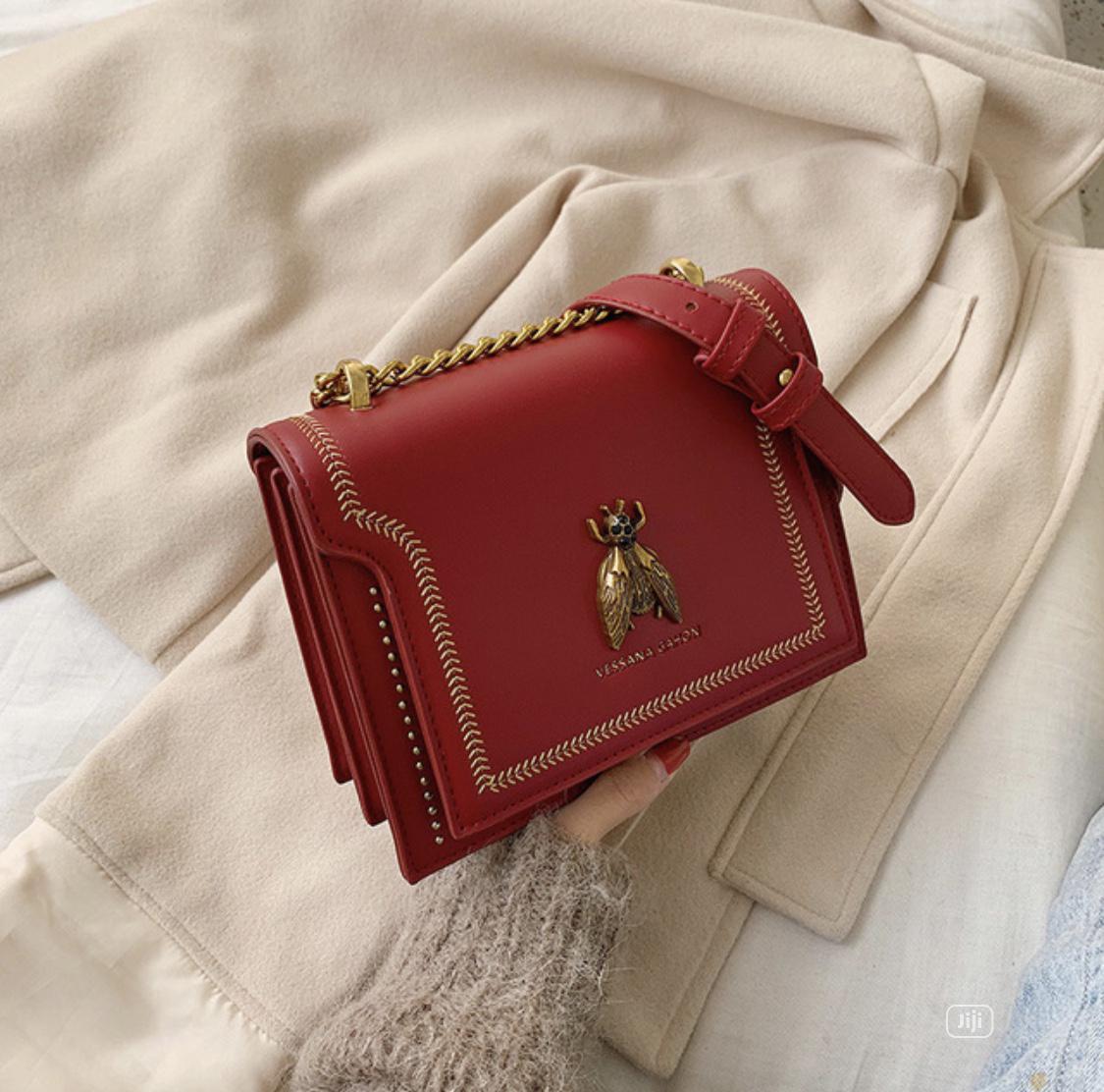 Archive: Cute Midi Bag