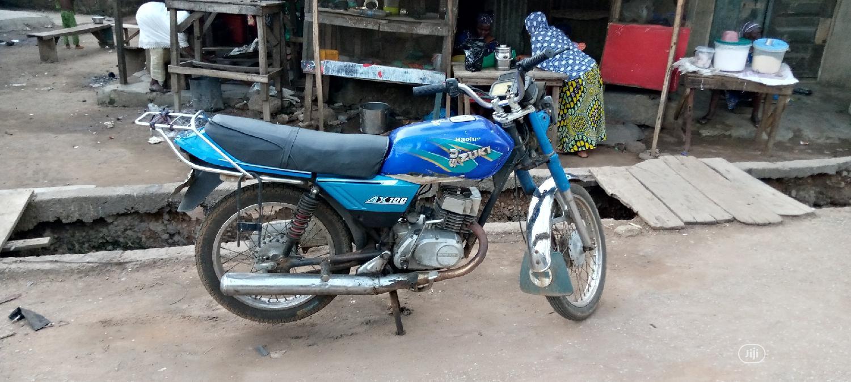Archive: Suzuki Bike 2005 Blue
