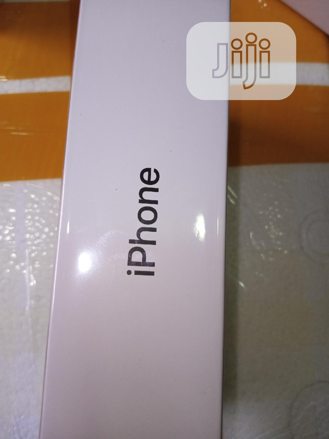New Apple iPhone SE 64 GB Yellow | Mobile Phones for sale in Ikeja, Lagos State, Nigeria