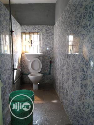 A Standard 3 Bedroom Flat | Houses & Apartments For Rent for sale in Lagos State, Mushin