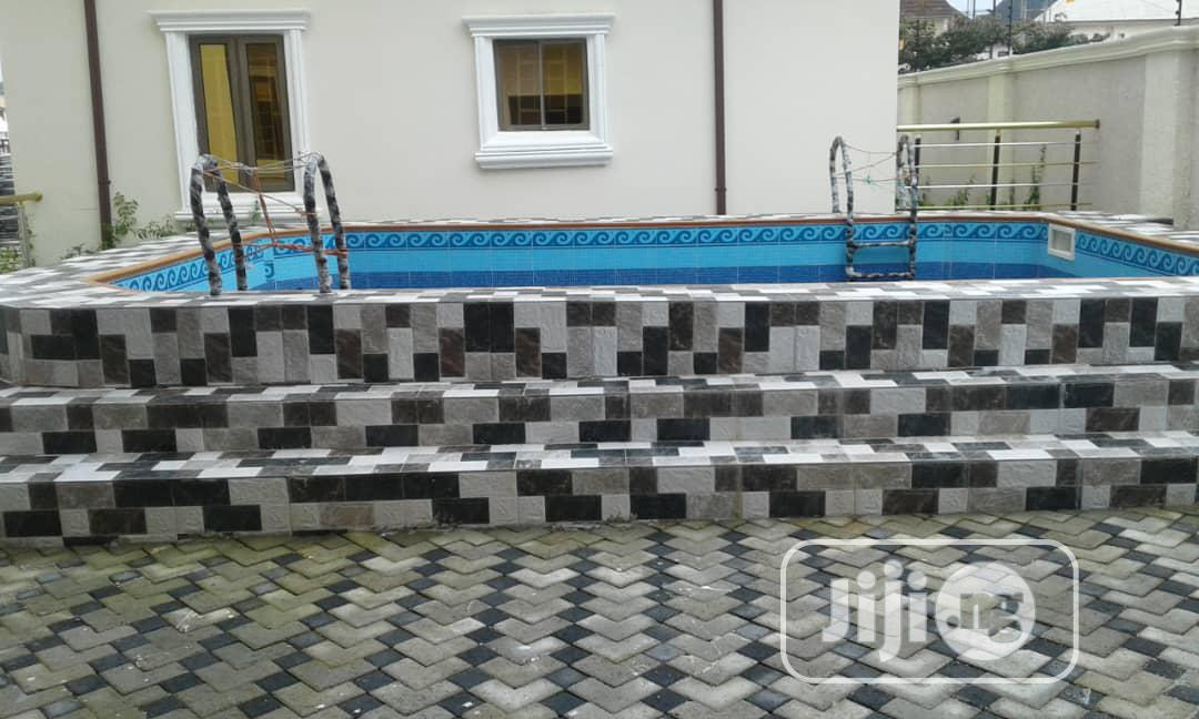 Lovely 8 Bedroom Mansion For Sale | Houses & Apartments For Sale for sale in Gwarinpa, Abuja (FCT) State, Nigeria